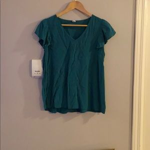 3 for $20 Old navy green ruffle sleeve shirt